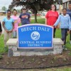 Volunteers help beautify South Beech Daly